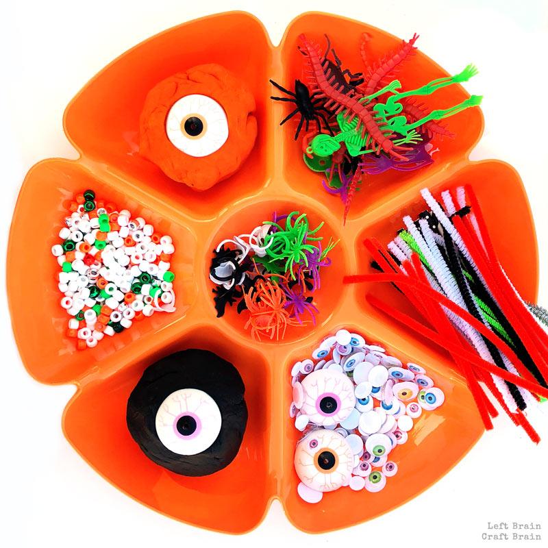 halloween playdough tray